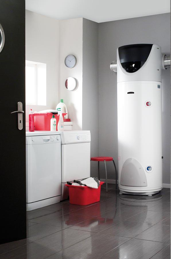 installer une pompe chaleur sanitaire chez soi induscabel salle de bains chauffage et. Black Bedroom Furniture Sets. Home Design Ideas