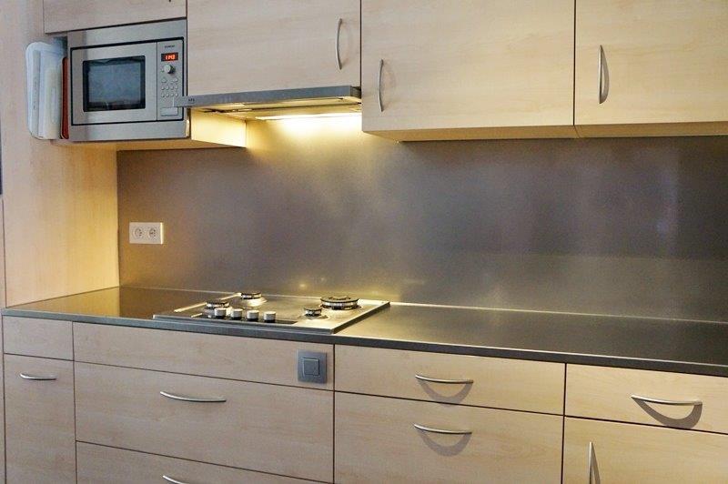Plan de travail cuisine inox cuisine plan de travail inox for Plan de travail cuisine en inox