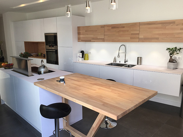 Le plan de travail pour votre cuisine induscabel salle for Table cuisine plan de travail