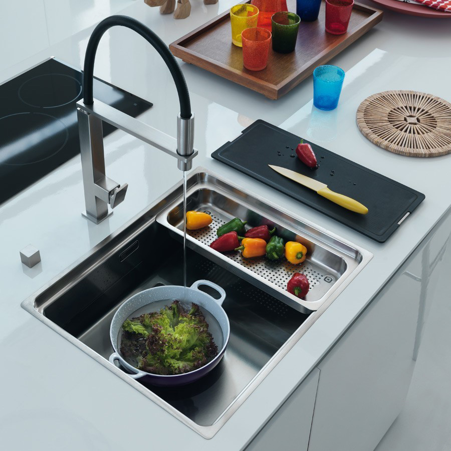nos sanitaires de cuisine eviers et robinetterie induscabel salle de bains chauffage et. Black Bedroom Furniture Sets. Home Design Ideas