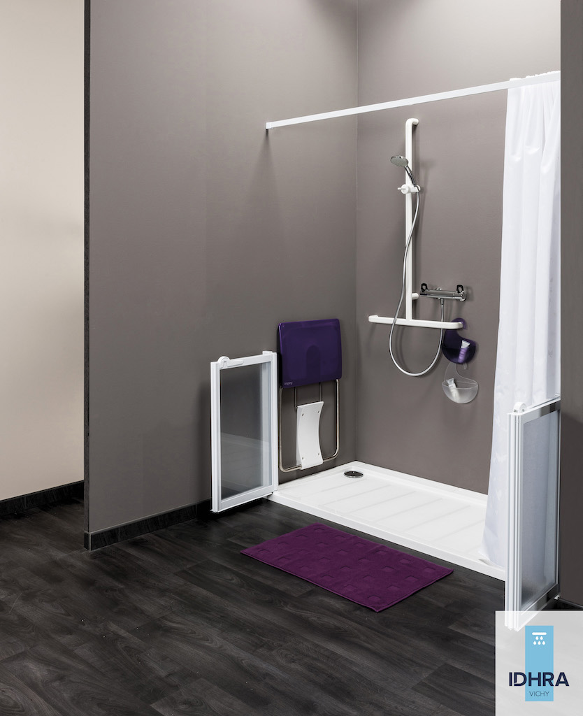 accessoire barre de douche kit sous pente with accessoire. Black Bedroom Furniture Sets. Home Design Ideas