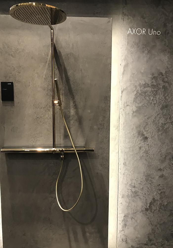 Coup de coeur Batibouw : Robinetterie douche dorée Uno d'AXOR
