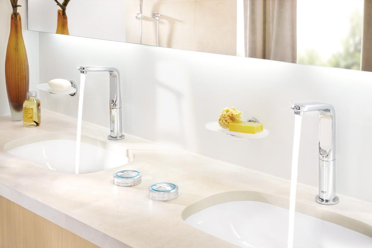 Mitigeur lavabo allure et commande num rique sans fil for Extracteur salle de bain sans fil