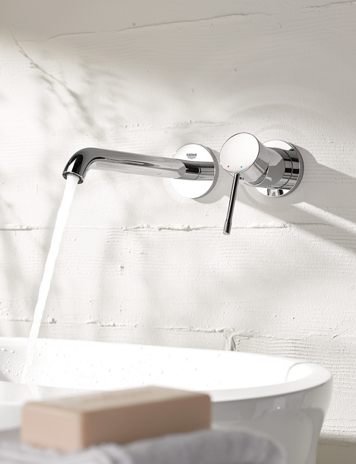 Mitigeur lavabo mural essence new grohe induscabel - Mitigeur mural lavabo ...