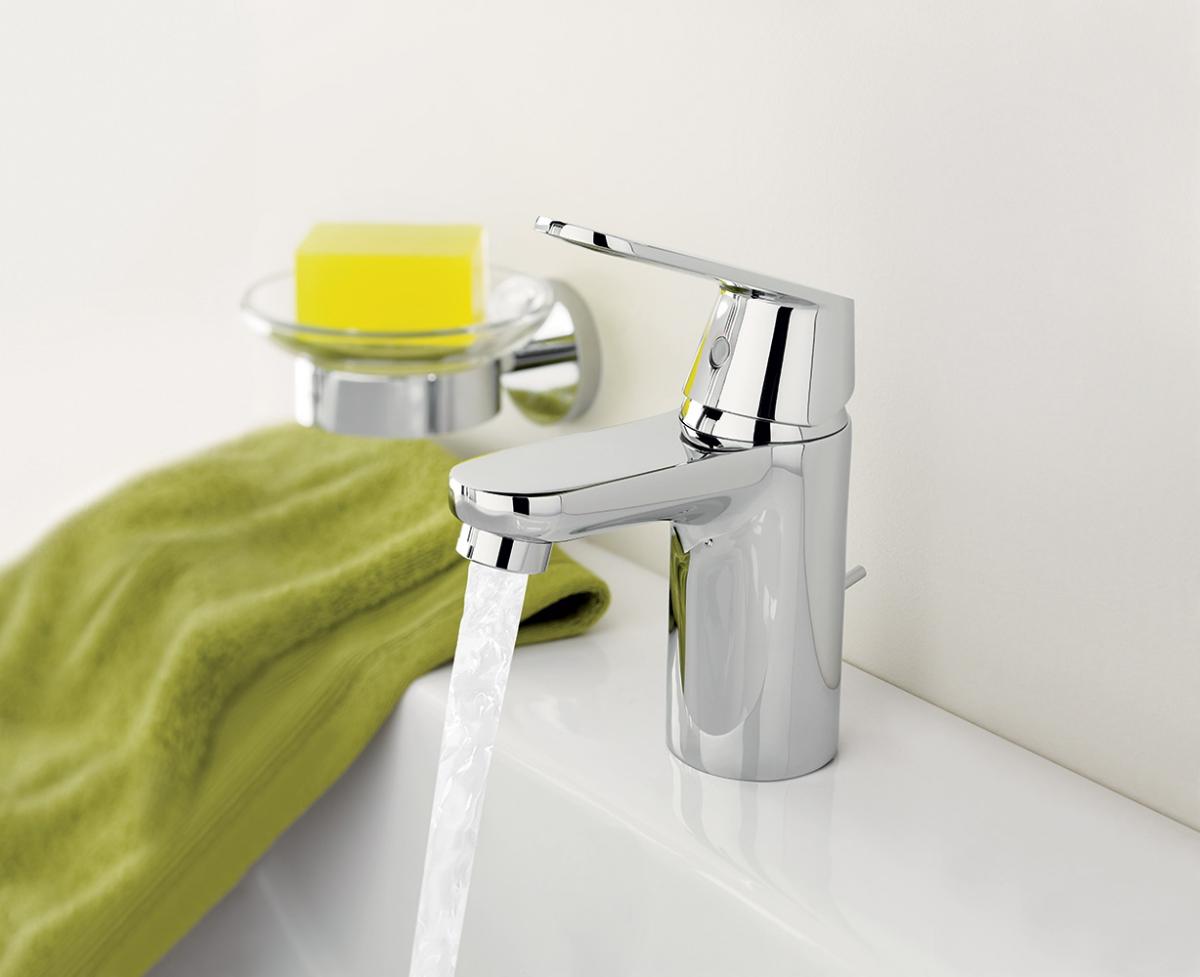 mitigeur lavabo eurosmart cosmopolitan grohe. Black Bedroom Furniture Sets. Home Design Ideas