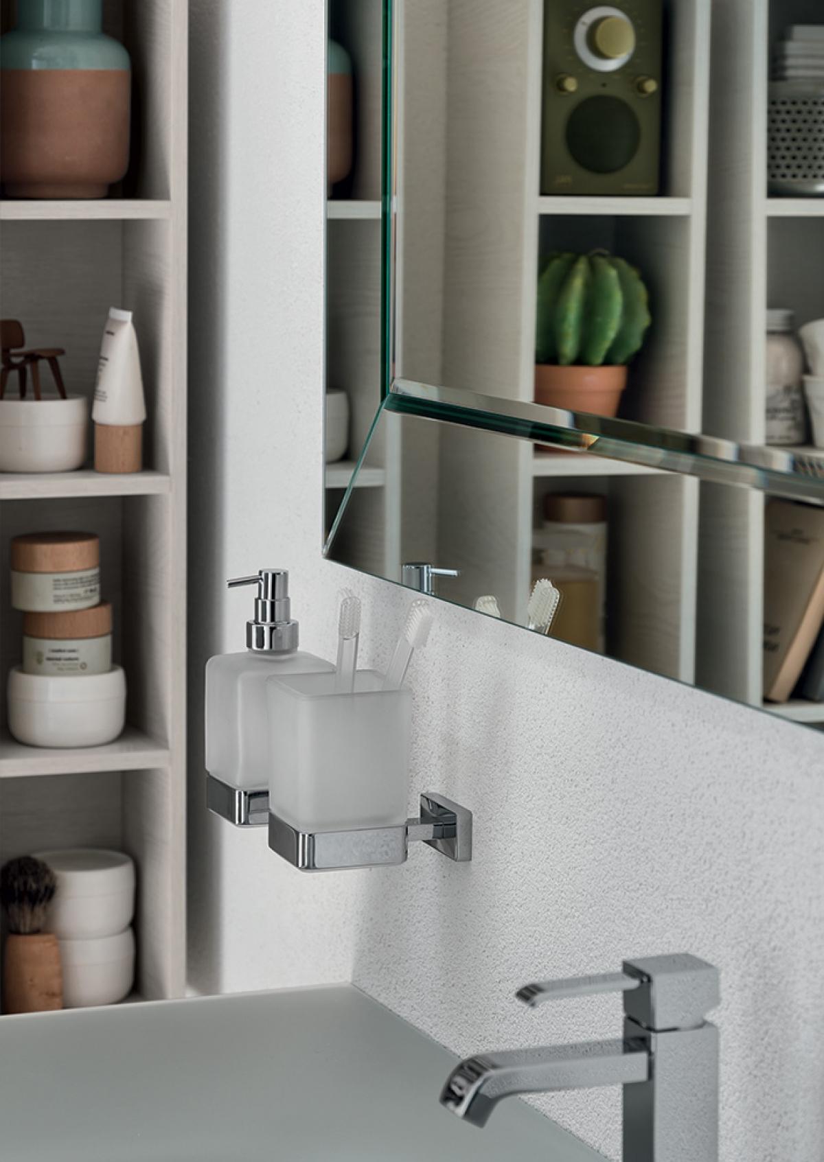 accessoires salle de bain lea inda induscabel salle de bains chauffage et cuisine. Black Bedroom Furniture Sets. Home Design Ideas