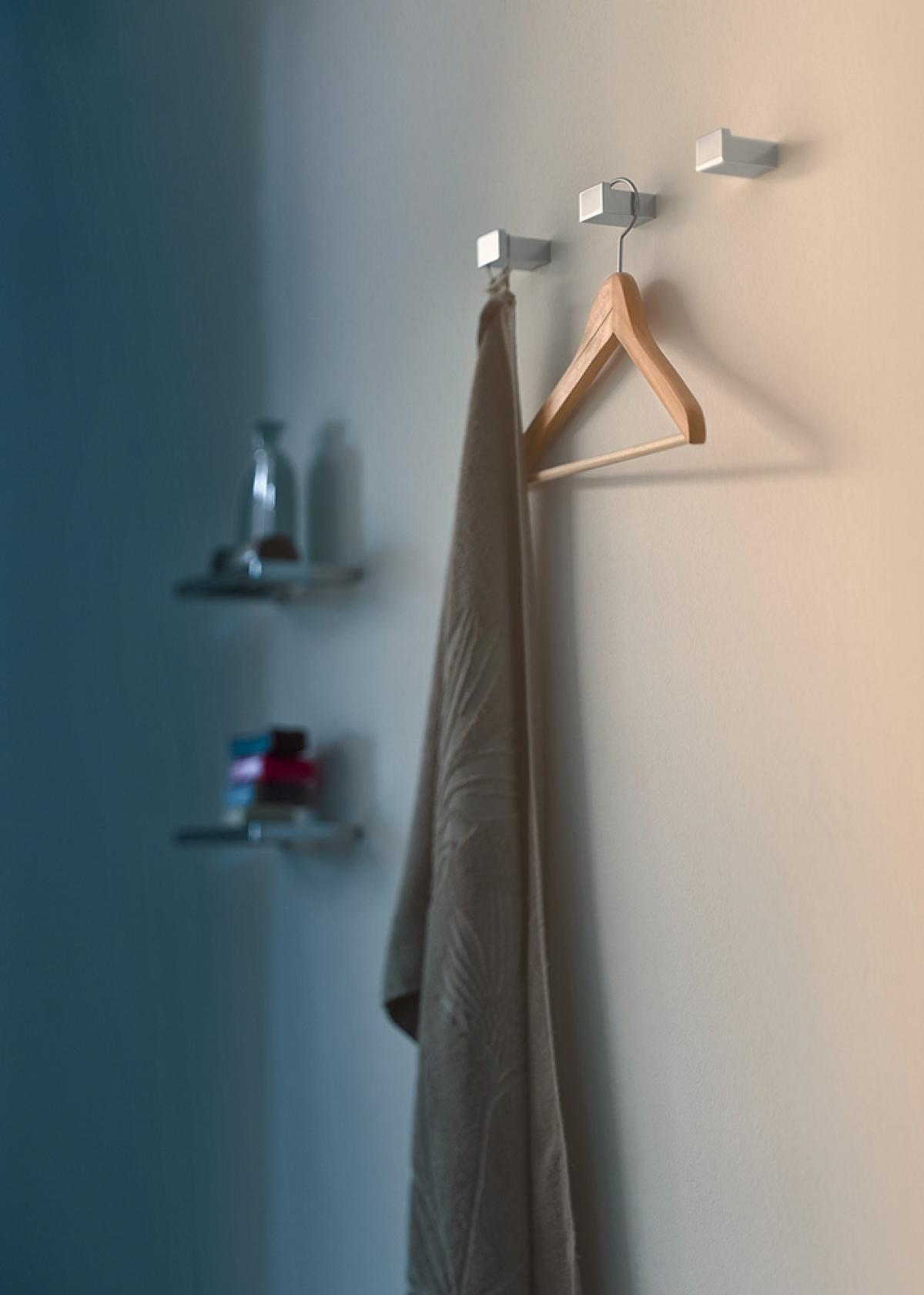 Accessoires salle de bains new europe inda induscabel salle de bains chauffage et cuisine - Accessoires pour salle de bain ...