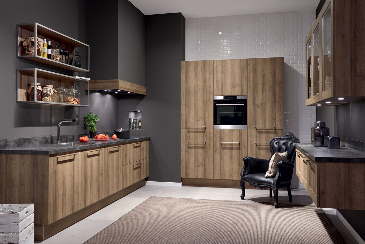 mobilier de cuisine chaleureuse en bois pronorm. Black Bedroom Furniture Sets. Home Design Ideas