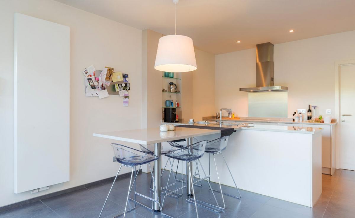 radiateur vertical kos v radson induscabel salle de bains chauffage et cuisine. Black Bedroom Furniture Sets. Home Design Ideas