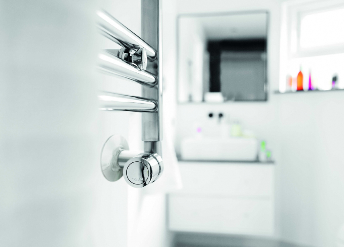 Vanne thermostatique rax design danfoss induscabel salle de bains chauffage et cuisine - Vanne thermostatique danfoss ...