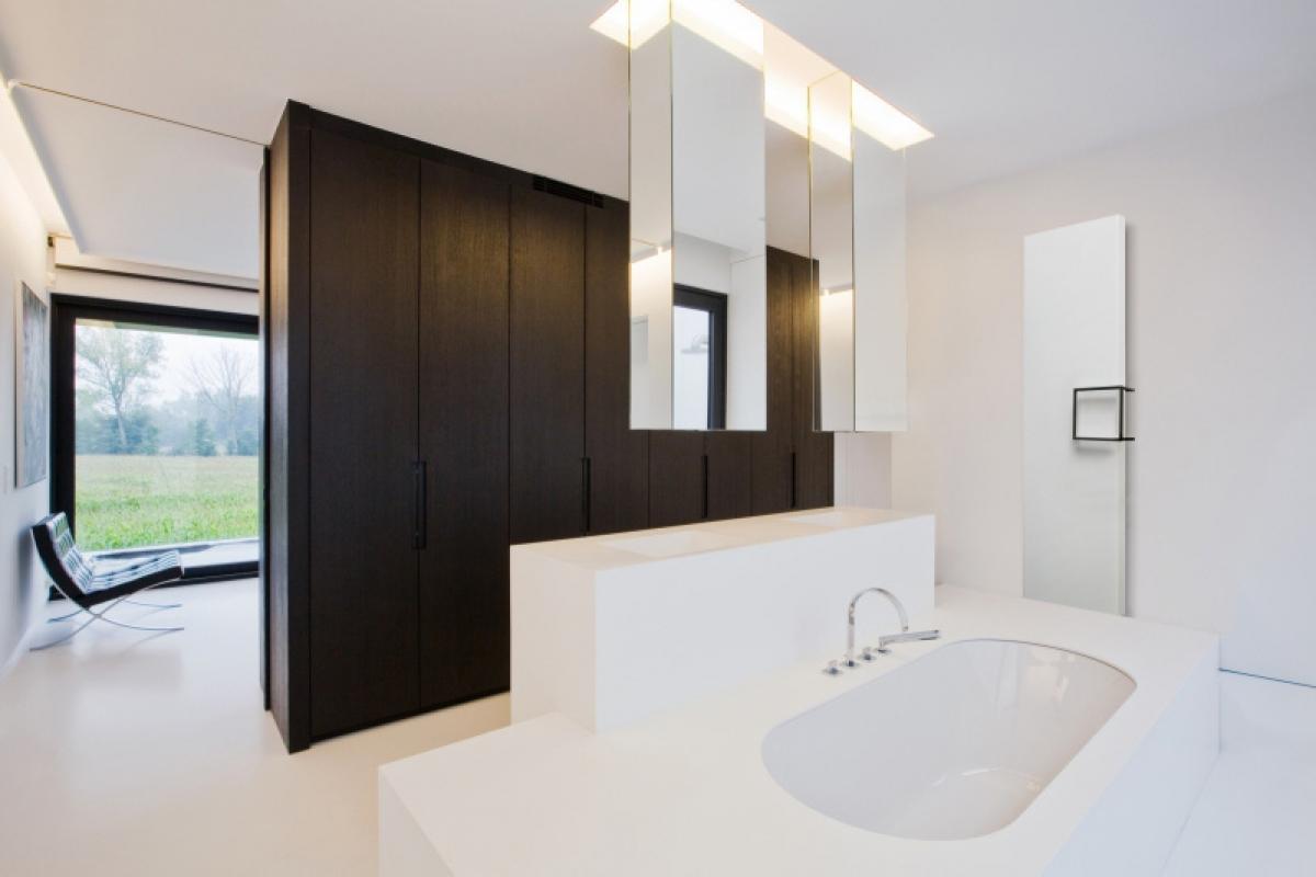 radiateur vertical nivasoft vasco induscabel salle de bains chauffage et cuisine. Black Bedroom Furniture Sets. Home Design Ideas
