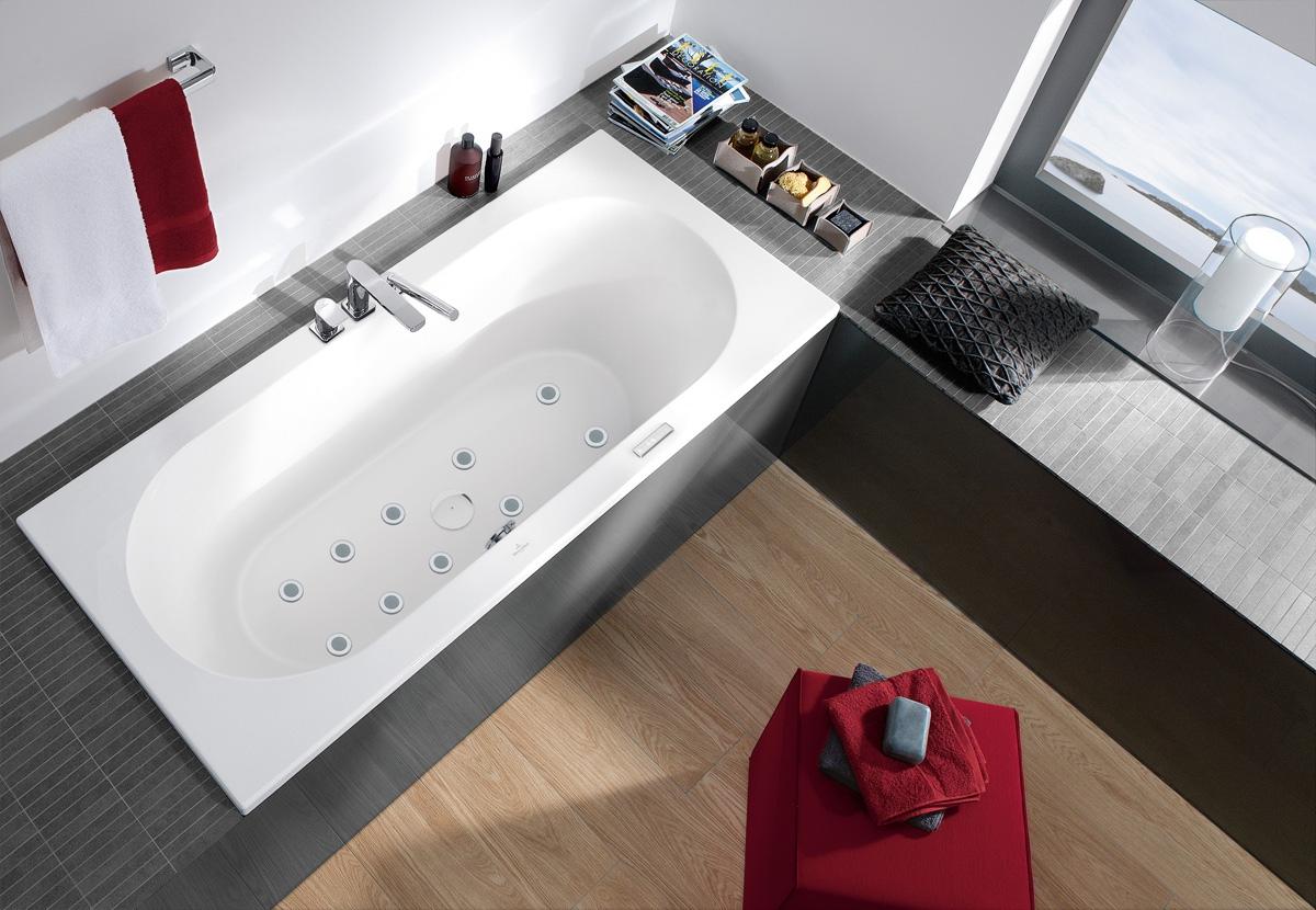 Bain baln o hydropool villeroy boch induscabel for Villeroy et boch salle de bain showroom