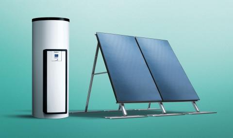 Ballon solaire auroSTEP et capteurs solaires VFK - VAILLANT